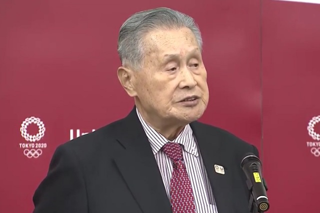 Presidente de Tokio 2020 desata polémica por comentarios sexistas