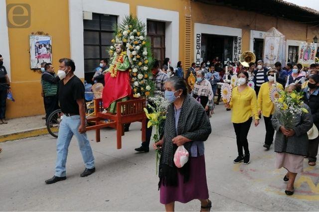 Celebran fiesta a San Pedro Apóstol en Zacapoaxtla