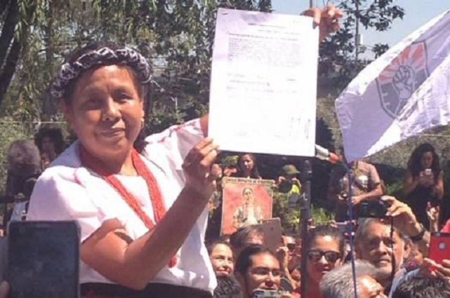 Reportan zafarrancho en el INE durante registro de candidata zapatista