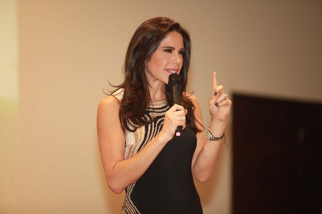 Desde Twitter le piden a Paola Rojas acepte disculpas y perdone a Zague