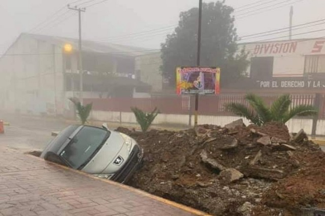 Por abandono de obra registran accidente en Nuevo Necaxa