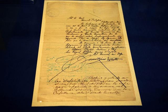 Exhiben manuscrito inédito de Emiliano Zapata