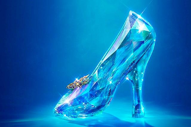 Estudiantes rompen mito de correr con una zapatilla de cristal  96592685a397