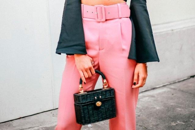 Tengo el culo gordo, la protesta viral de una mujer contra pantalones de Zara