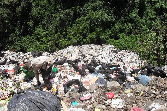 Urgen diputados a sanear tiradero a cielo abierto en Xicotepec